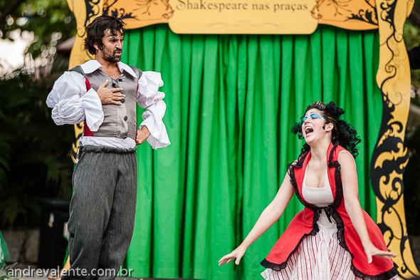 Projeto Shakespeare nas praças teatro de rua fotografia andre valente